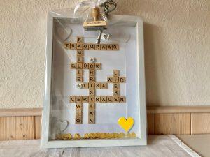 Geschenk zur Hochzeit mit Scrabble Buchstaben